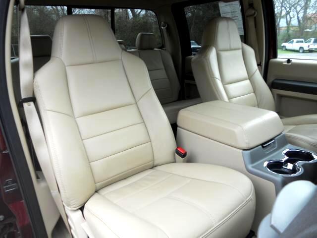2008 Ford F-450 SD Lariat Crew Cab 4WD DRW
