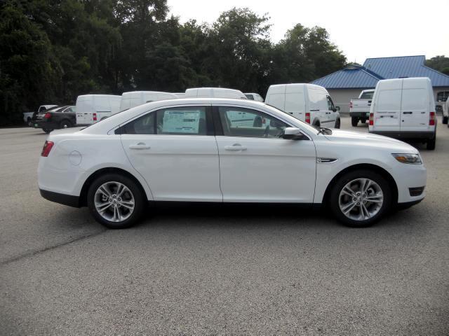 Ford Taurus SEL 2013