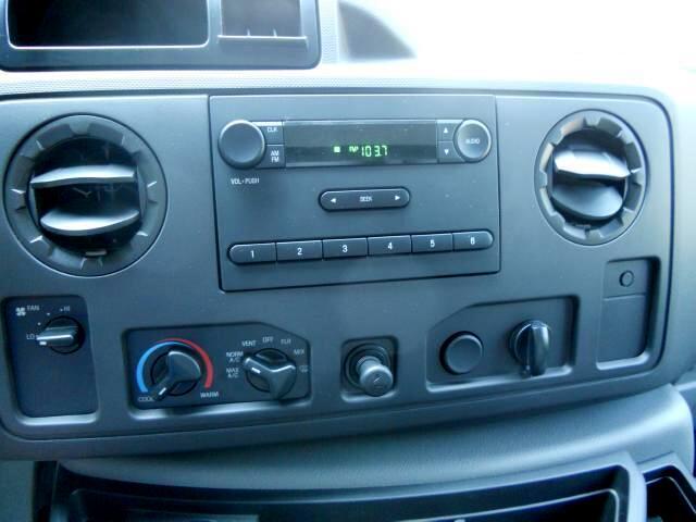 Ford E-Series Van E-350 Super Duty 2011