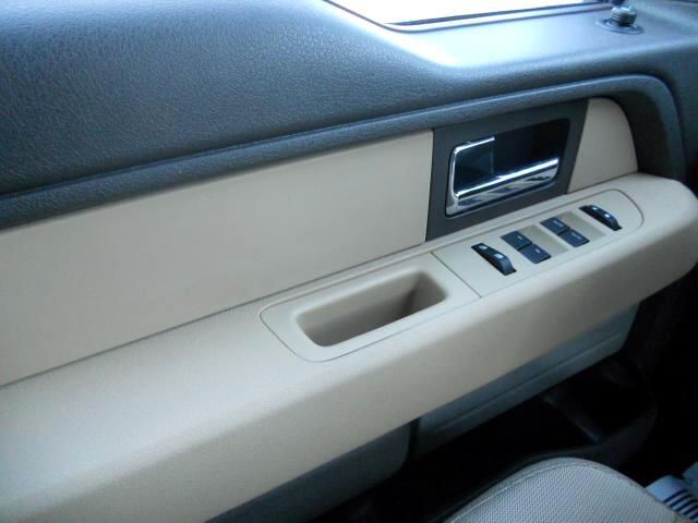 Ford F-150 XLT SuperCrew 2WD 2012